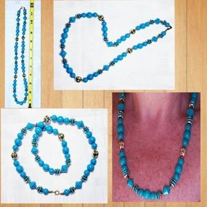 Acrylic Costume Jewelry Teal & Gold Tone Necklace